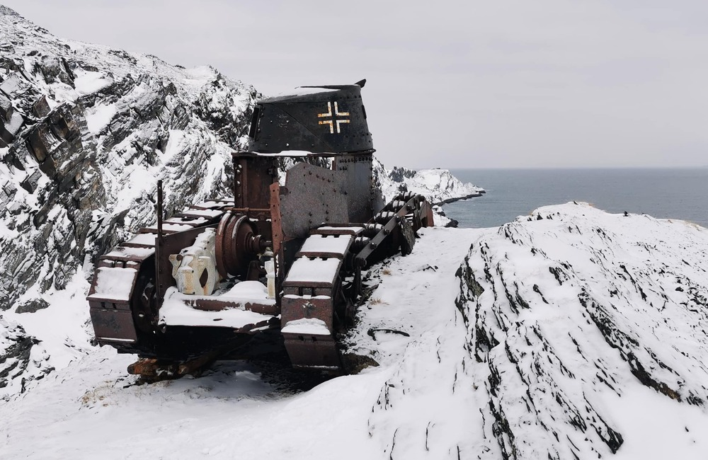 Berlevåg-German tank Kongsfjord